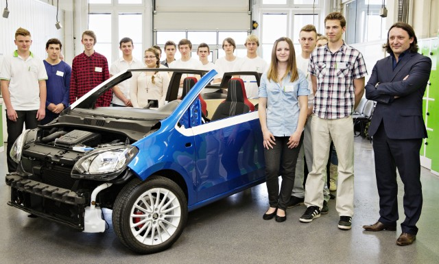 ŠKODA apprentices build their dream car