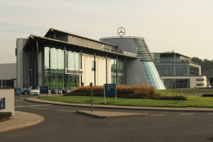 Mercedes to decrease robot activity in production plants