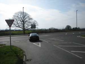 New report says T-junctions should be replaced wit roundabout to help older drivers