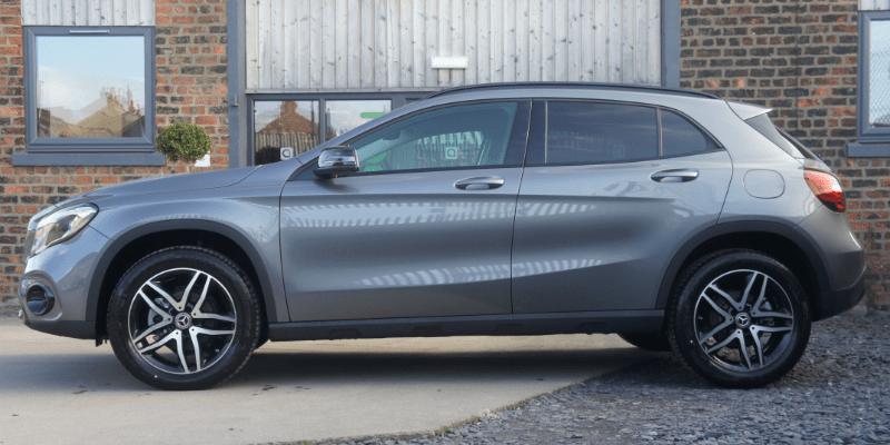 Mercedes GLA Urban Edition Side