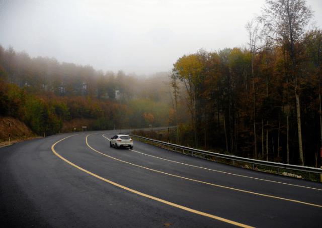 Renault Clio on Big Road
