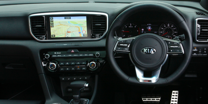 Kia Sportage Dashboard & Steering Wheel