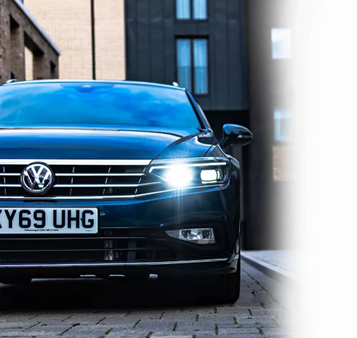Volkswagen Passat Estate Front View with Gradient