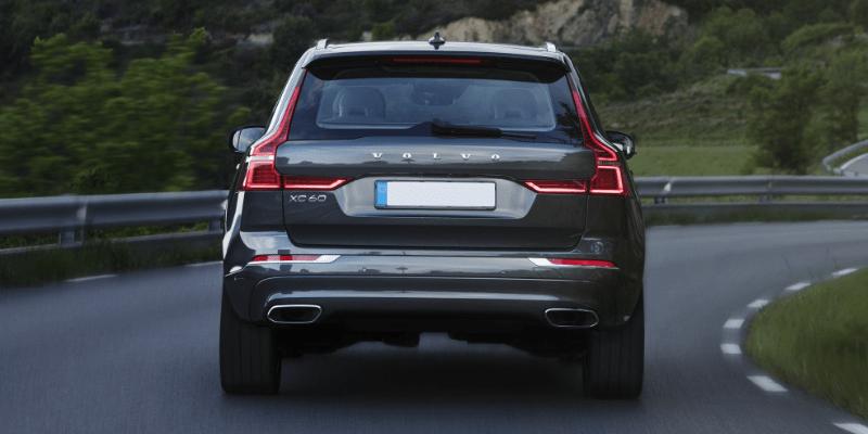 Volvo XC60 Momentum Rear