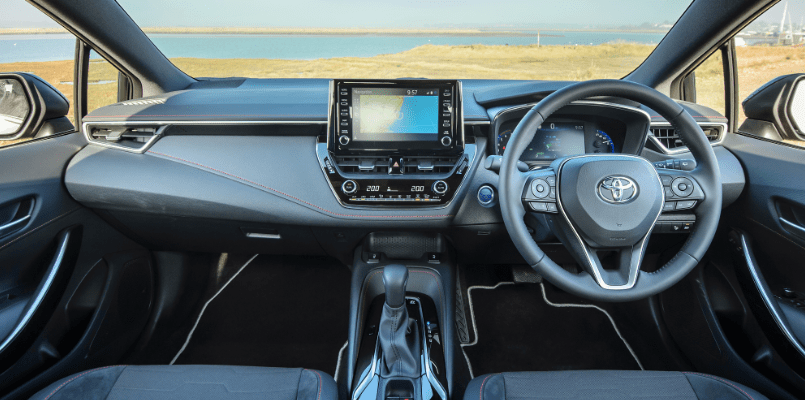 Corolla Flexed Hatchback 5-min