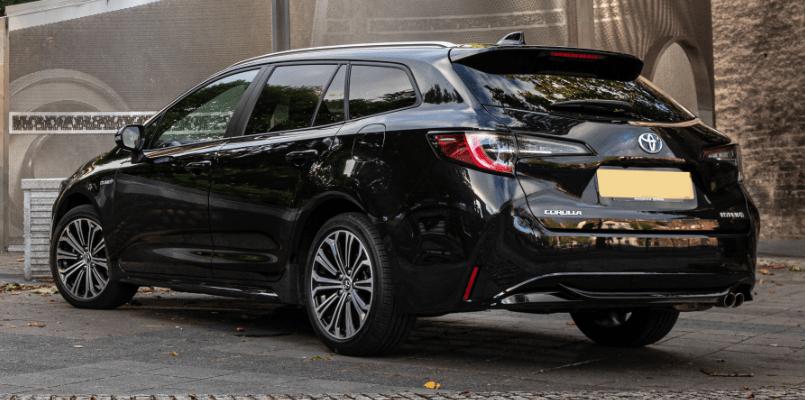 Toyota Corolla Sports Tourer 3-min