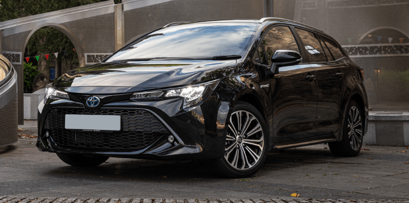Toyota Corolla Sports Tourer 4-min
