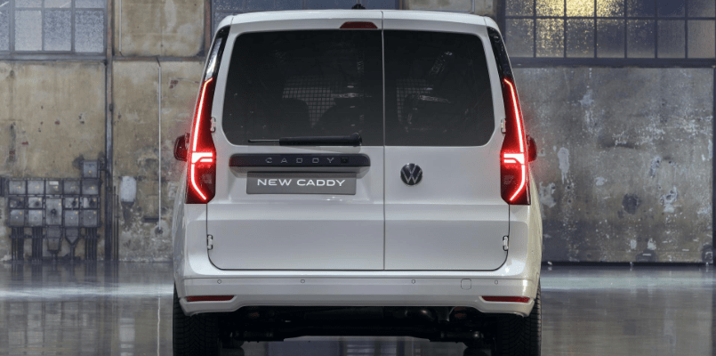VW Caddy Interior - FLexed 5-min