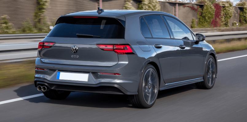 VW GOLF GTD FLEXED 1-min