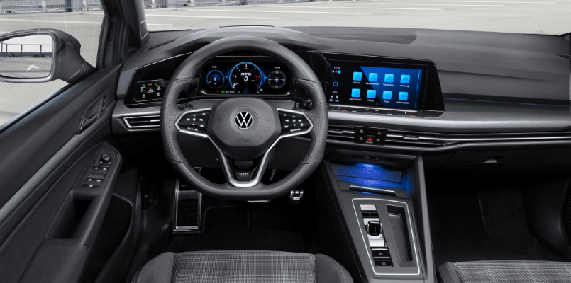 VW GOLF GTD FLEXED 2-min