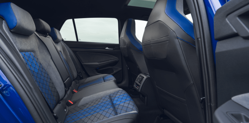 Volkswagen Golf R Flexed 3-min